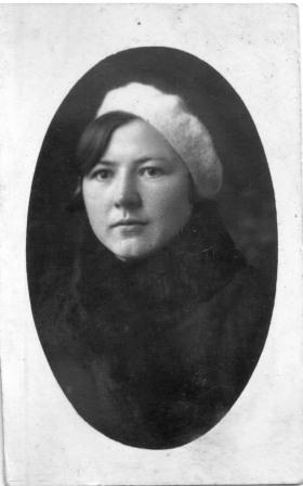 б. Оля Кутузова Лёля 3.04.1936 На воспоминание встреч